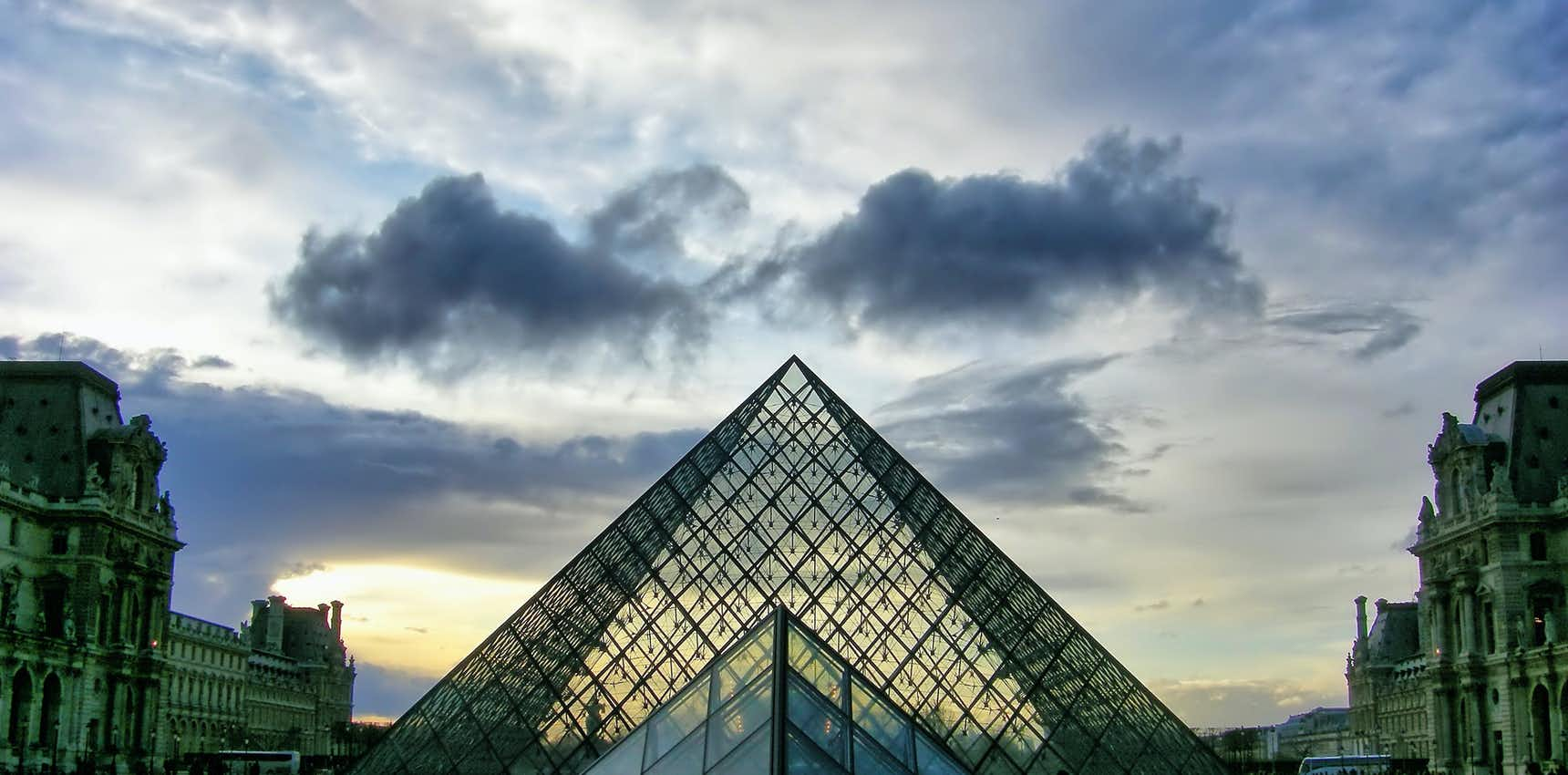 paris tour - louvre