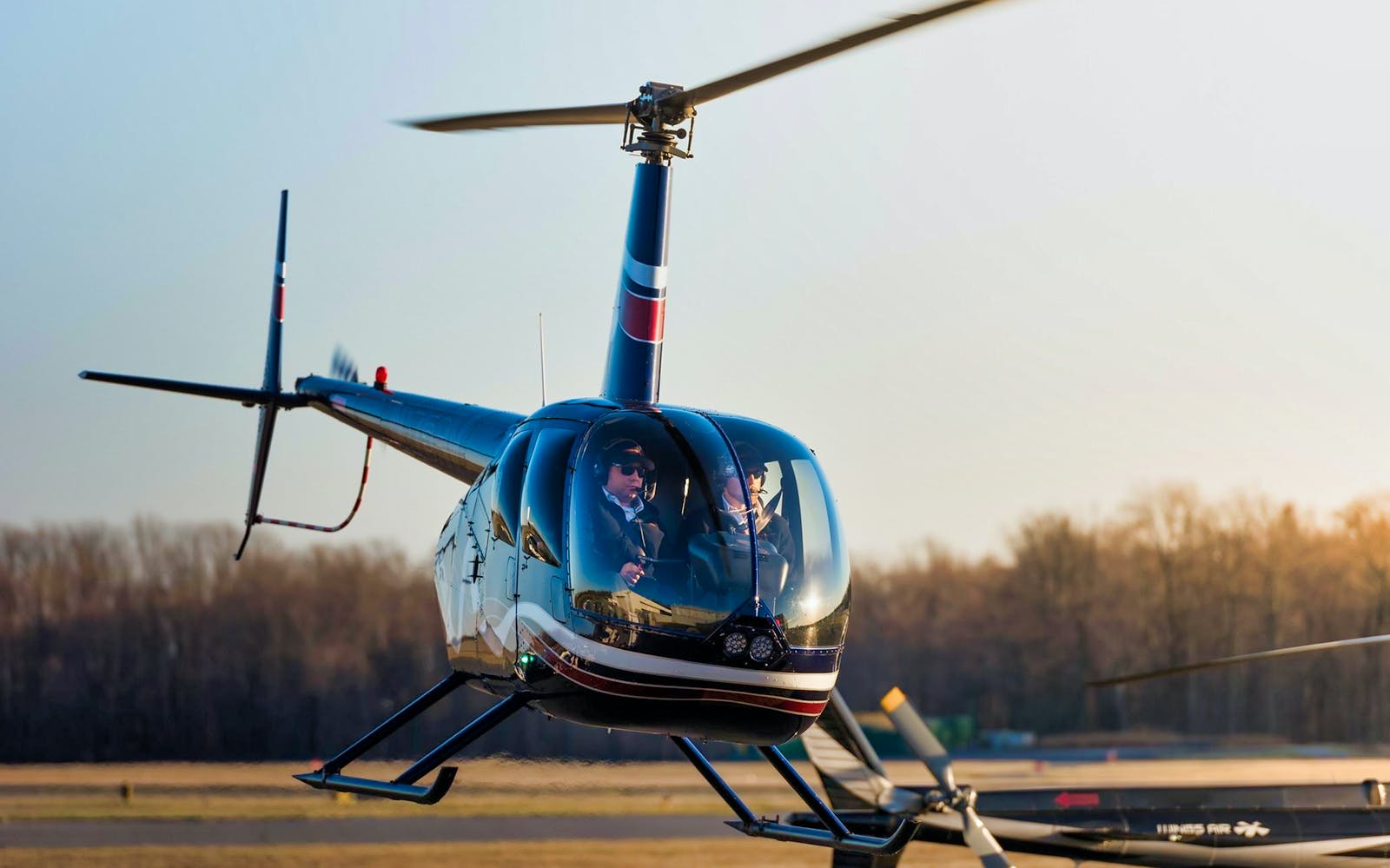 Couple's Private 45 Minute Helicopter tour - Including Heliport Fees