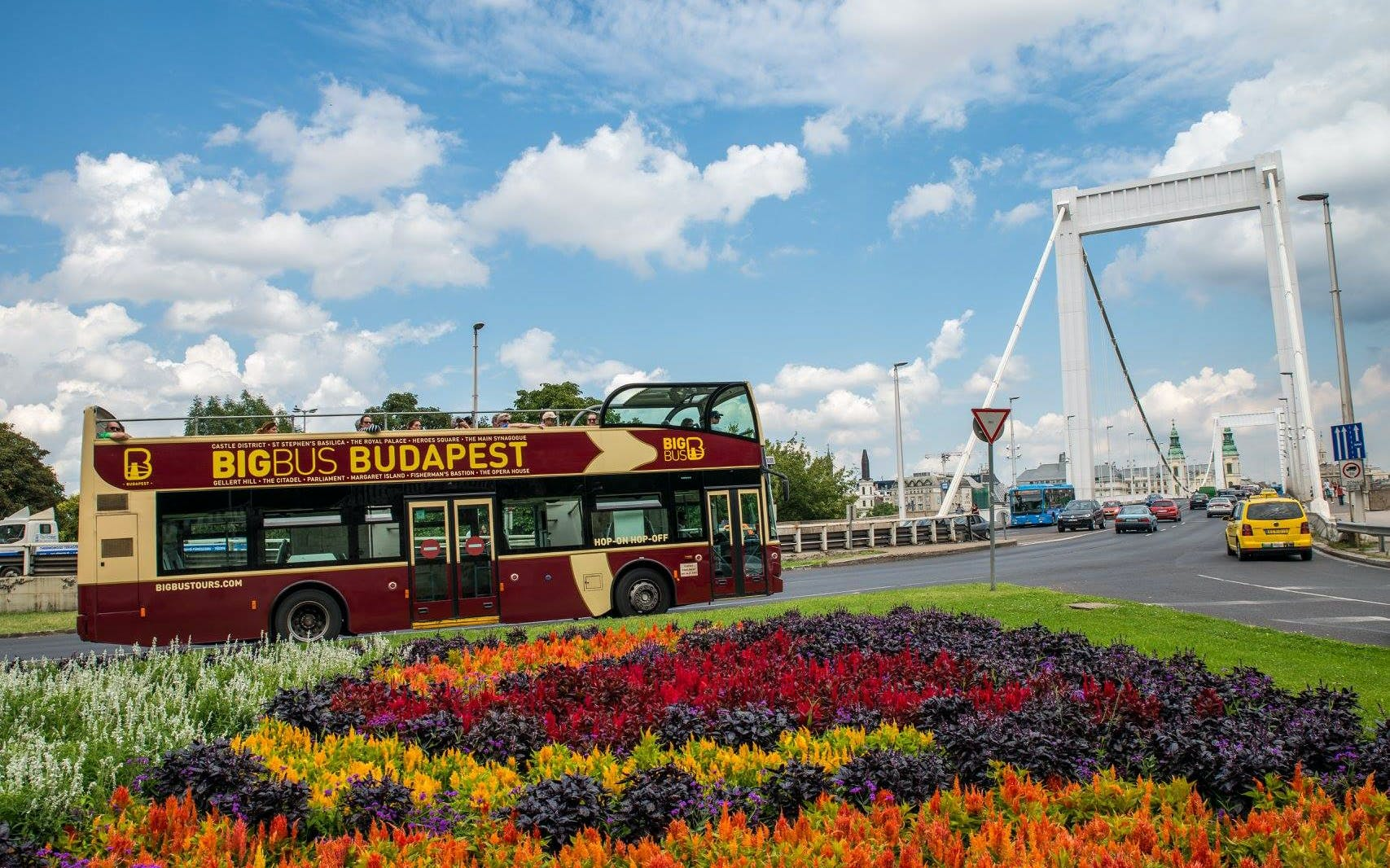 budapest: hop-on hop-off premium ticket-1