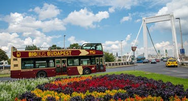 Budapest: Hop-On Hop-Off Premium Ticket