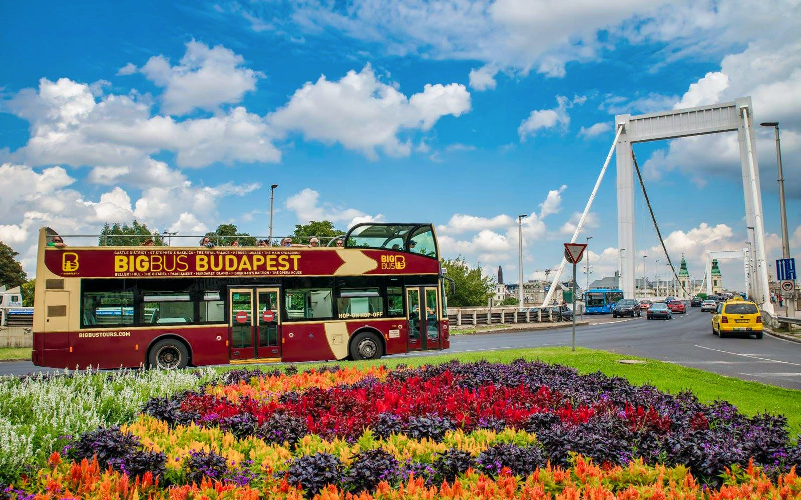 budapest: hop-on hop-off deluxe ticket-3