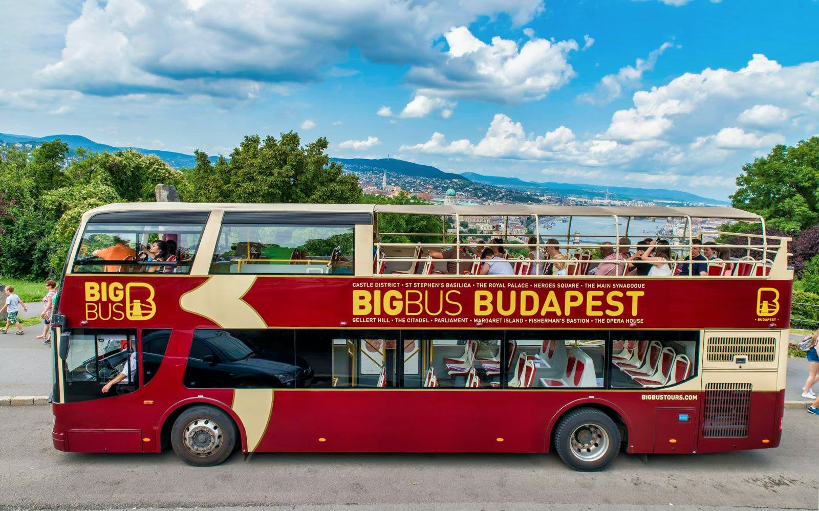budapest: hop-on hop-off deluxe ticket-2
