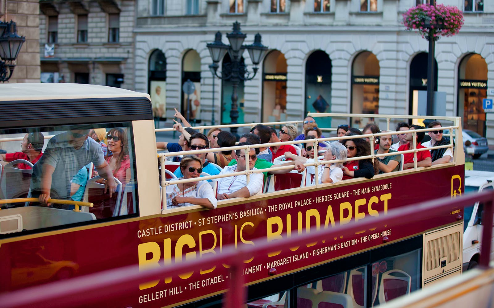 budapest & vienna: hop-on hop-off tour package-1