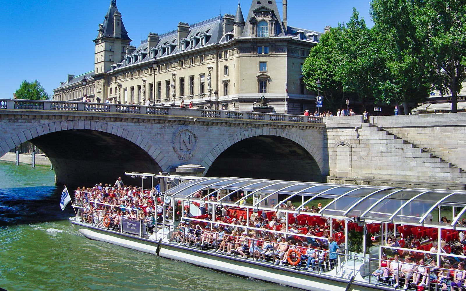 seine river cruise and catacombs combo-3