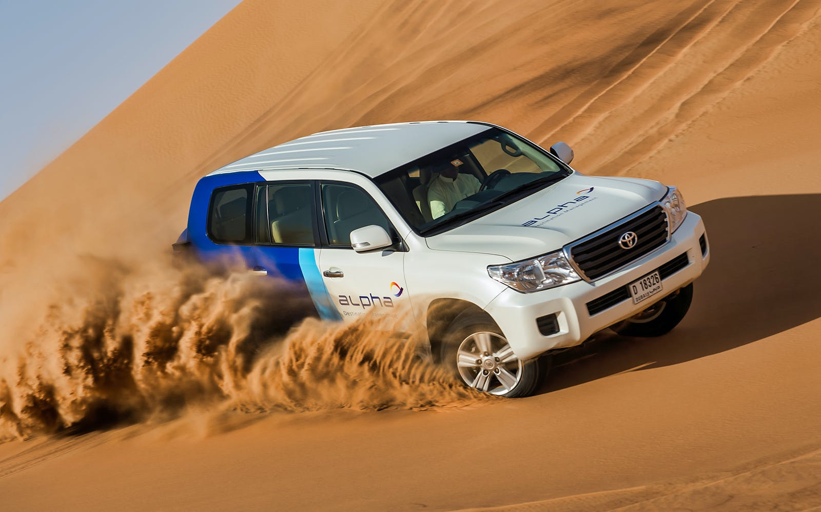 luxury desert safari at dubai desert conservation reserve-2