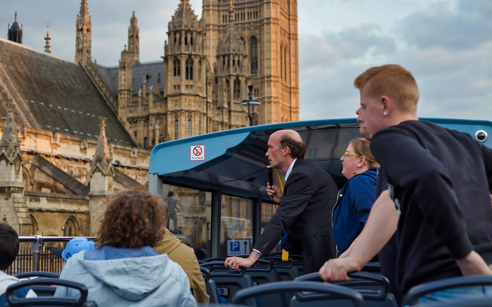 1 day hop-on hop-off sightseeing bus tour-2