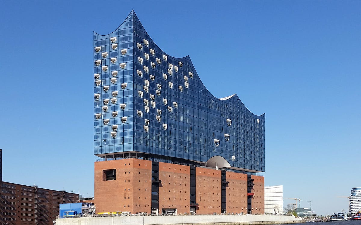 guided tour of elbphilharmonie - from scandal to architectural wonder-2