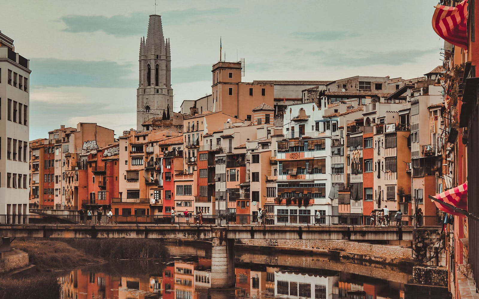 Girona & Figueres and Dali Museum Day Trip from Barcelona