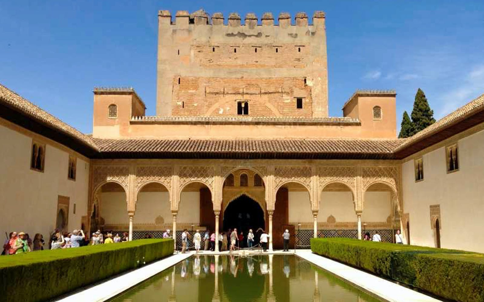 alhambra and generalife premium tour - group of 10-3