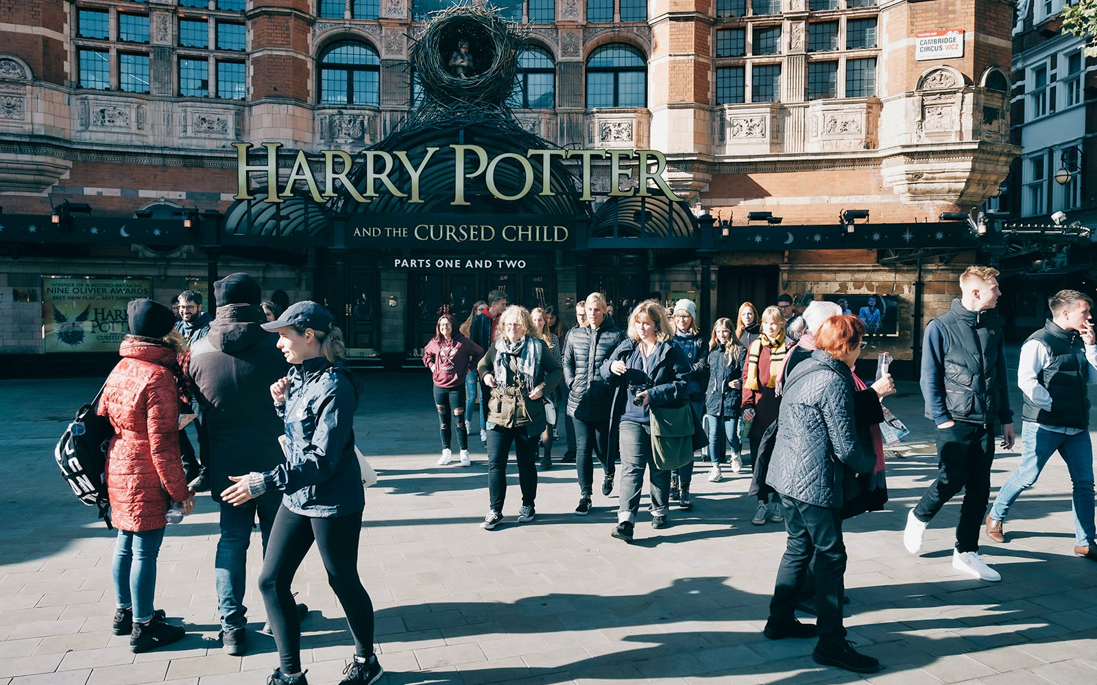 Tour alle Location dei Film di Harry Potter + Crociera sul Tamigi
