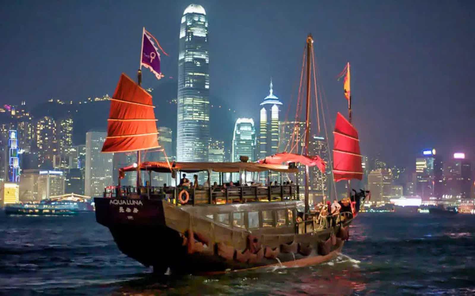 date in hong kong cruises