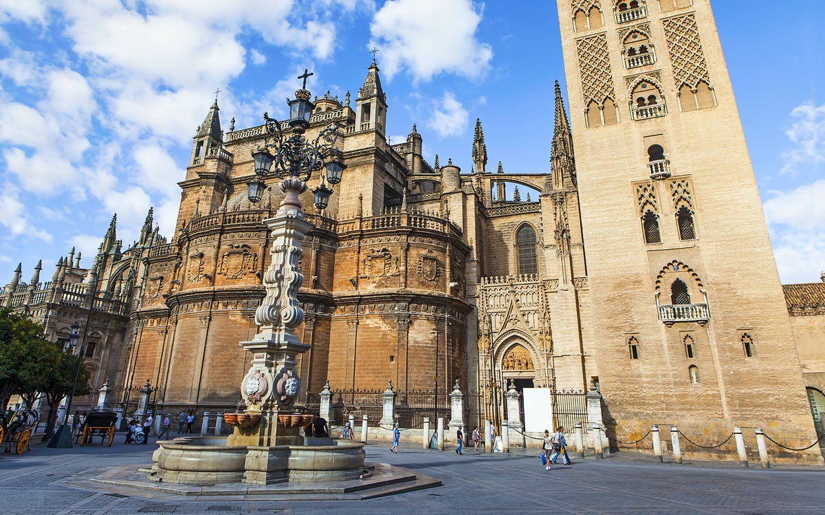 seville cathedral & giralda: skip the line guided tour-1
