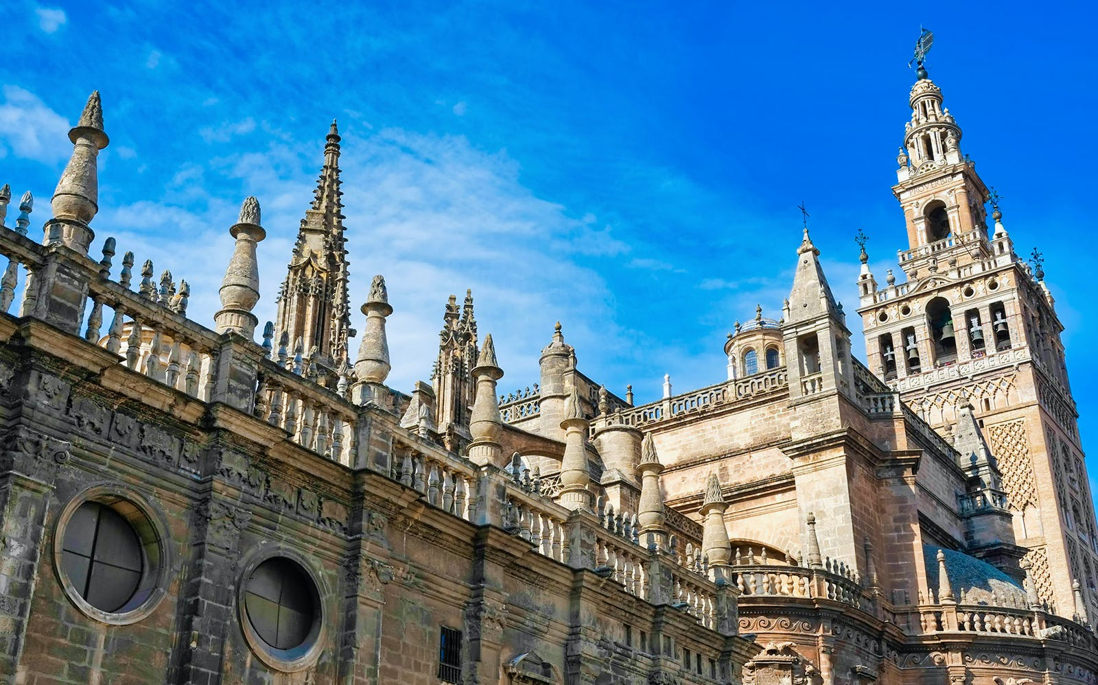 Seville: Alcazar + Cathedral Guided Tour