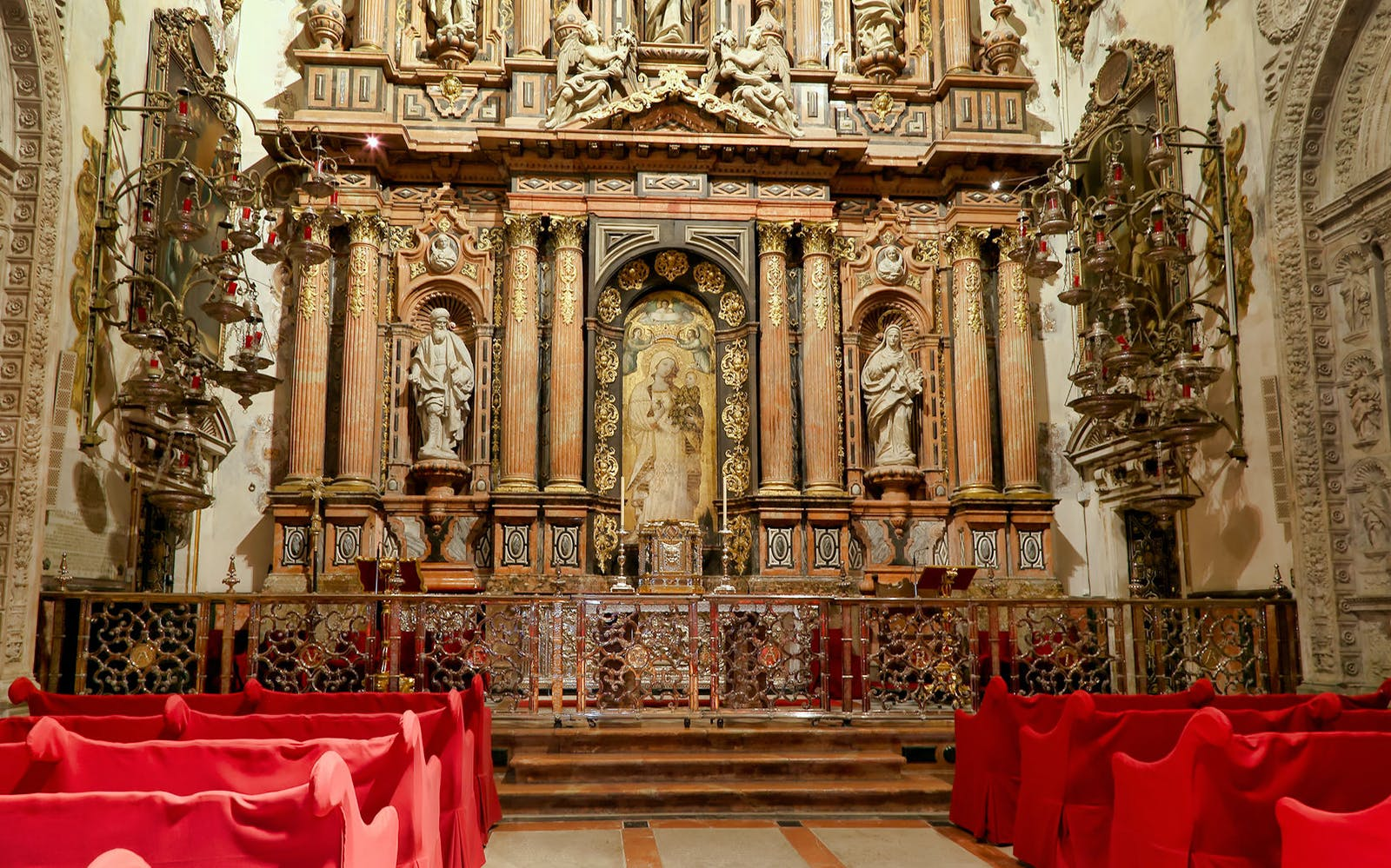 seville: alcazar + cathedral guided tour-2