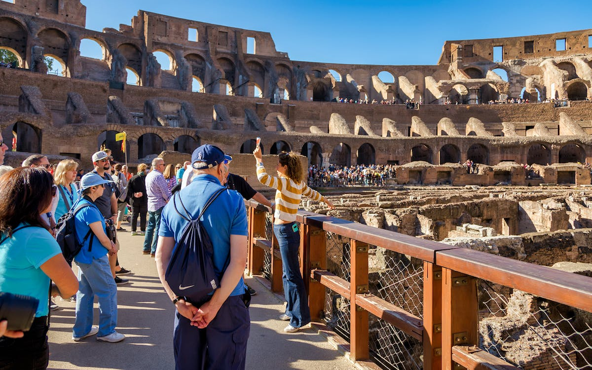 colosseum underground tour with arena floor & roman forum-1