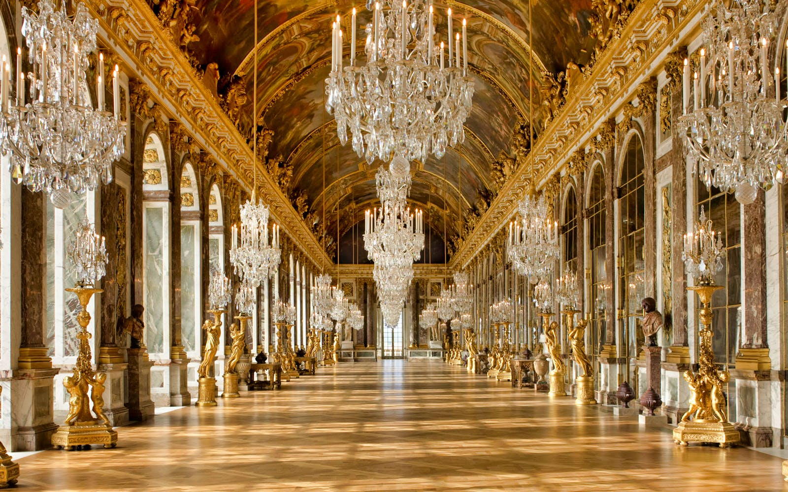 skip the line versailles palace tour with exclusive king's apartments visit-5