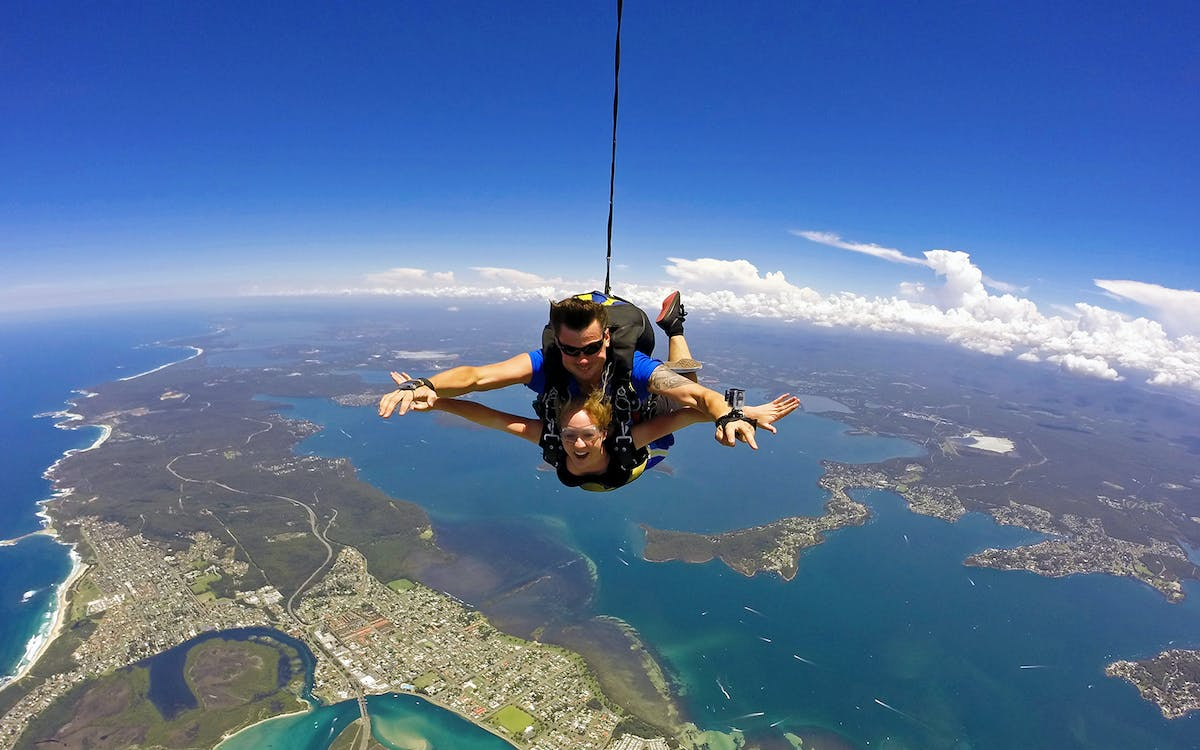 skydive sydney - newcastle beach tandem freefall-1