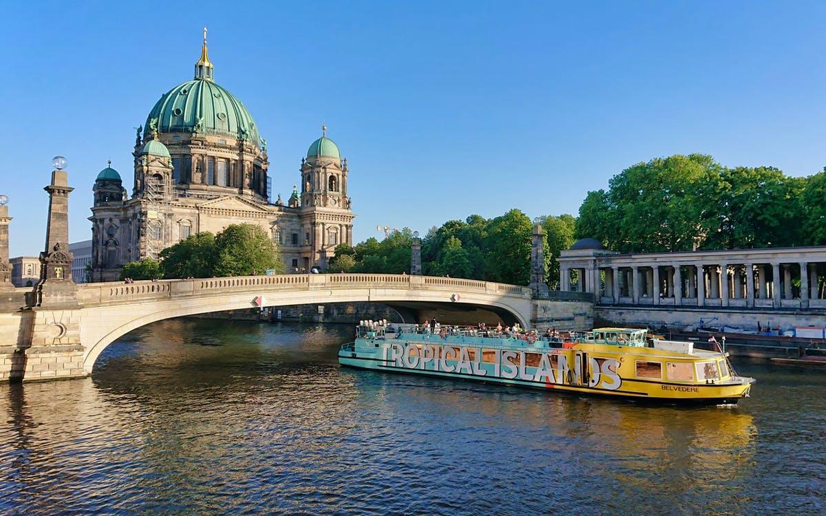 "2.5 hour ""east berlin"" sightseeing cruise-0"