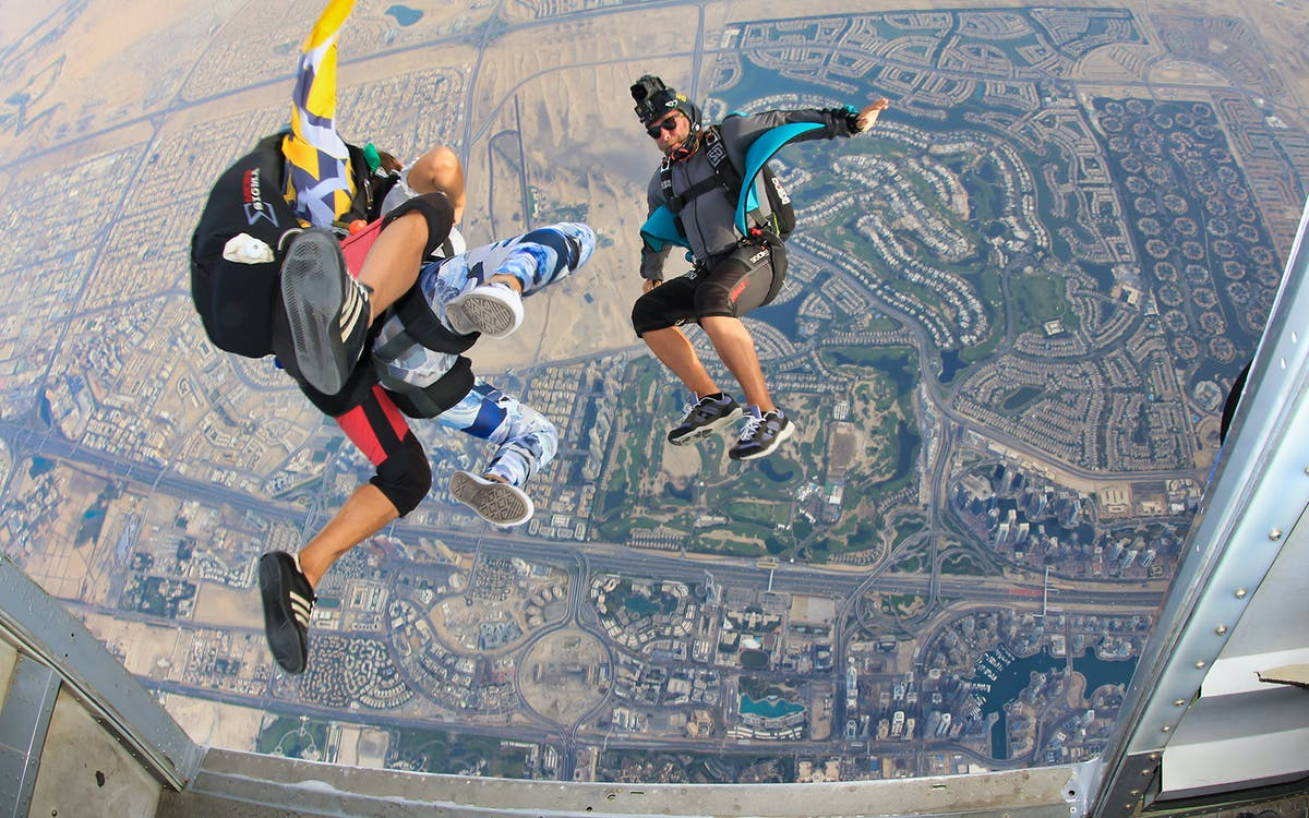 skydive dubai: palm drop zone with free hotel transfers-1