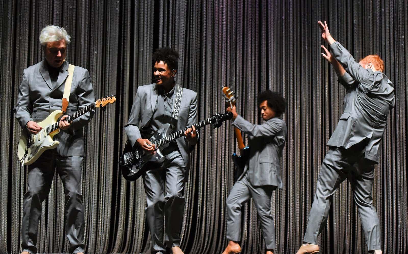 David Byrne's American Utopia extends Broadway run