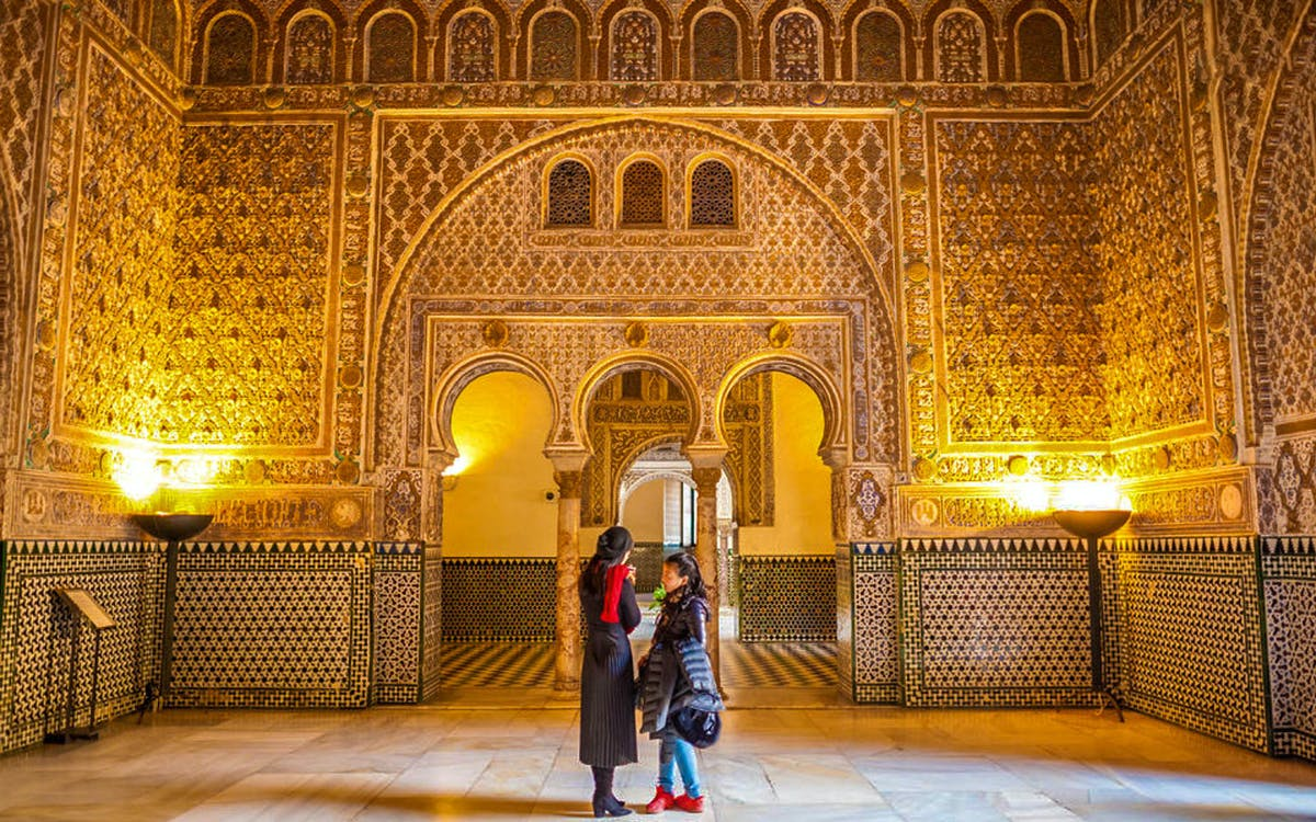 skip the line: royal alcazar of seville guided tour-1
