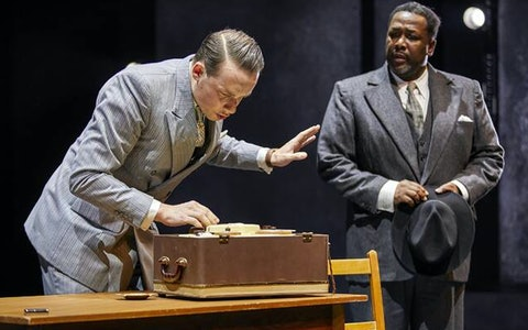 piccadilly theatre london death of a salesman