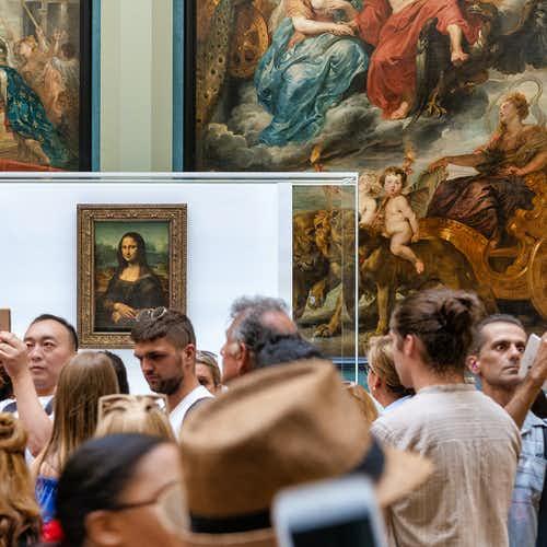 Inside Louvre- Mona Lisa