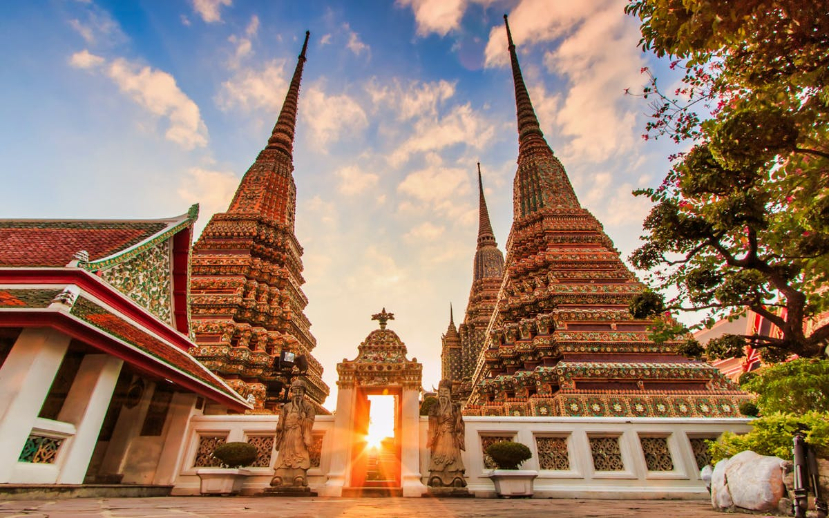 bangkok klong & wat arun & flower market with optional streed food tasting-1