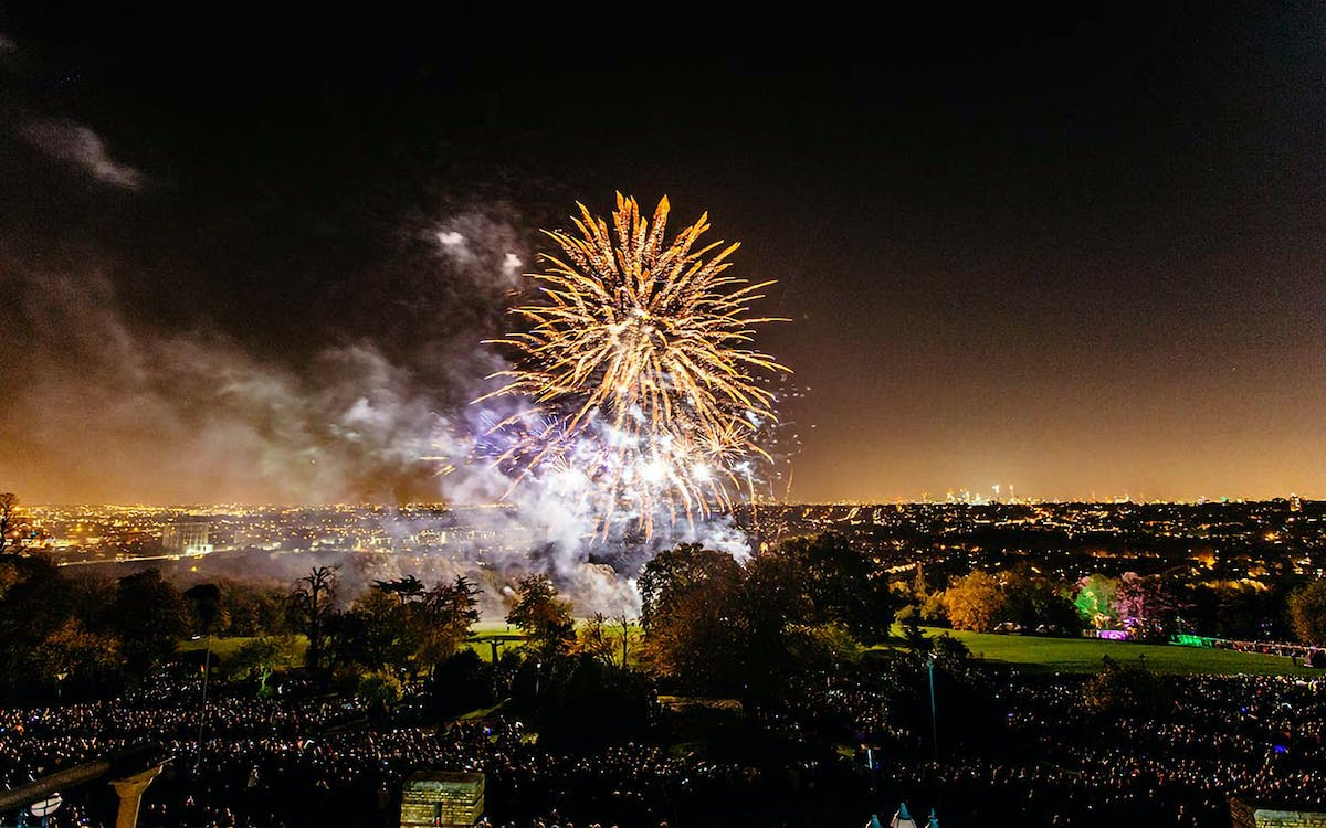 alexandra palace fireworks festival with the luna cinema-1