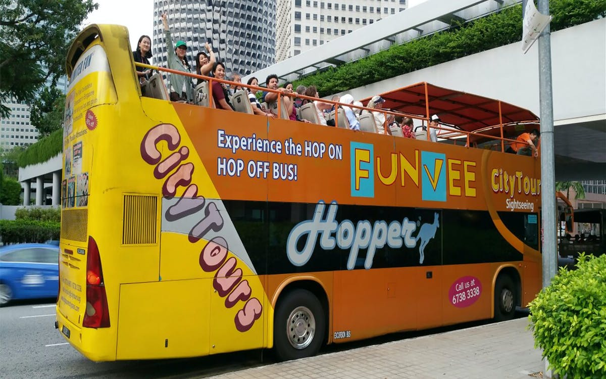 funvee singapore: 1 day hop-on-hop-off bus tour + sea aquarium tickets-1