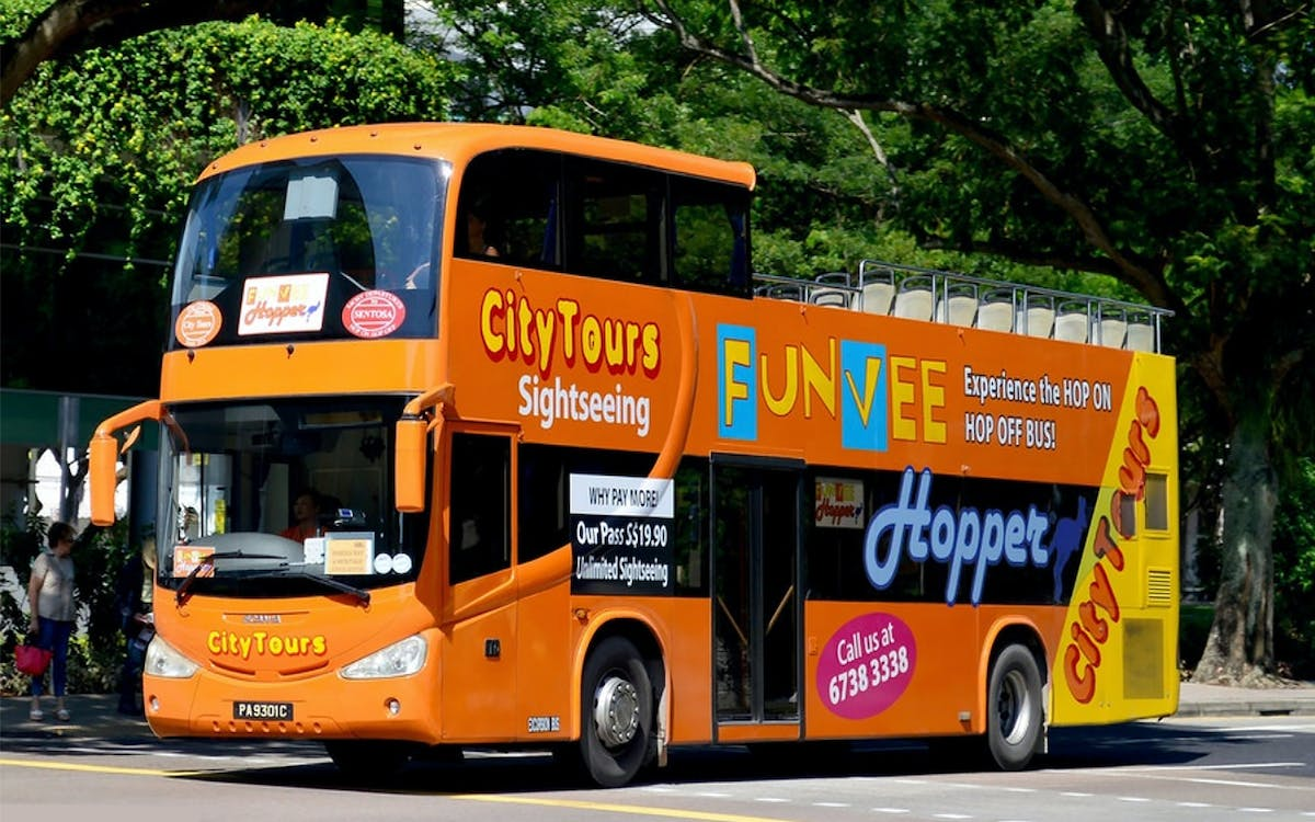 funvee singapore: 1 day hop-on-hop-off bus tour + night safari-1