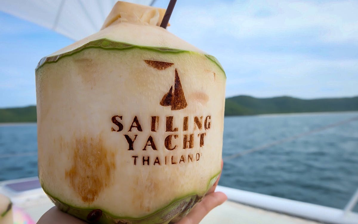 sailing yacht pattaya day tour with optional transfer -1