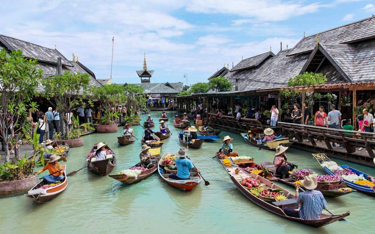 pattaya floating market -1