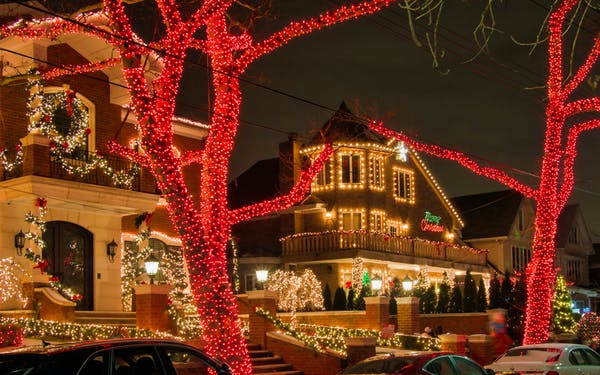 Dyker Heights Christmas Lights Bus Tour Best Prices With Headout