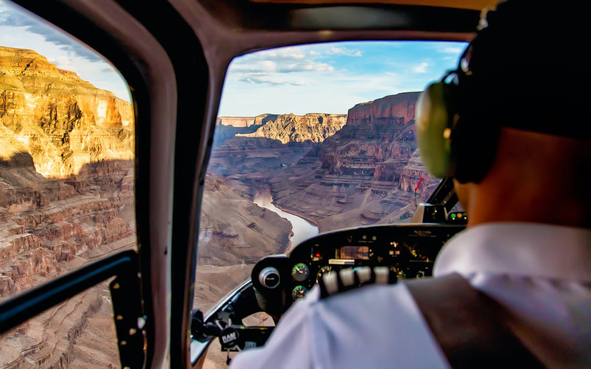 grand canyon west rim extended helicopter tour-1
