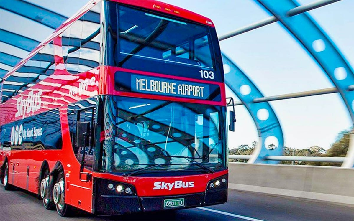 skybus melbourne airport shuttle to southbank and docklands-1