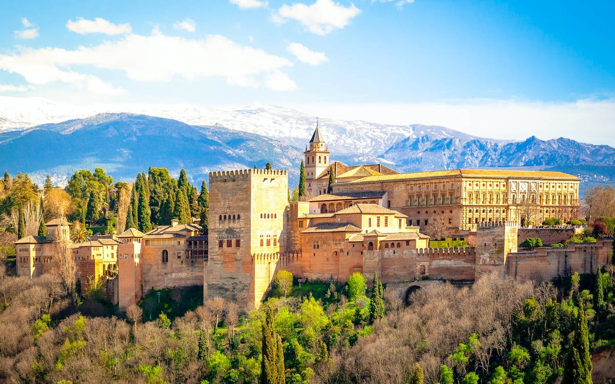 fast track tickets to alhambra & nasrid palaces-1