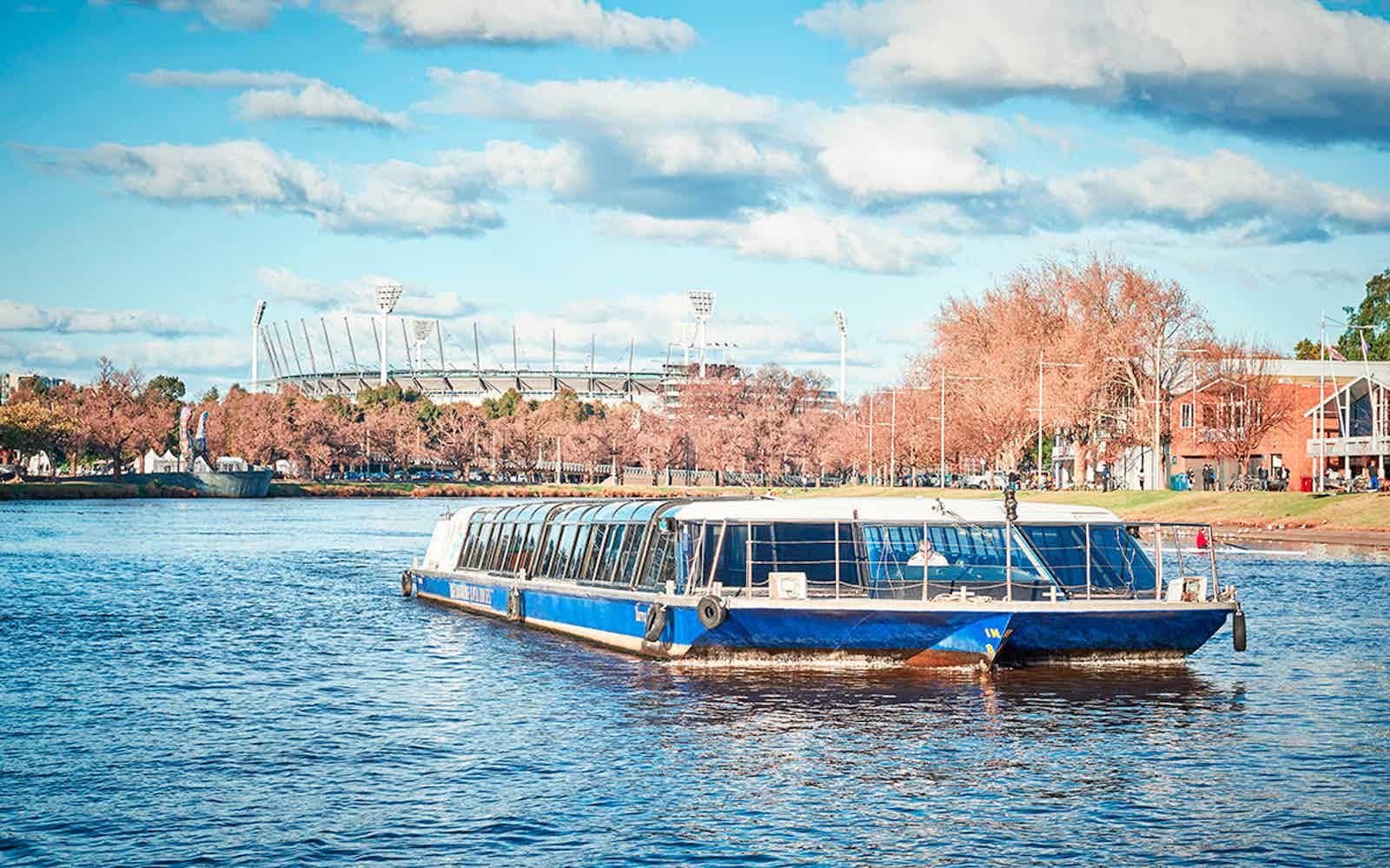 date idea in melbourne river cruise