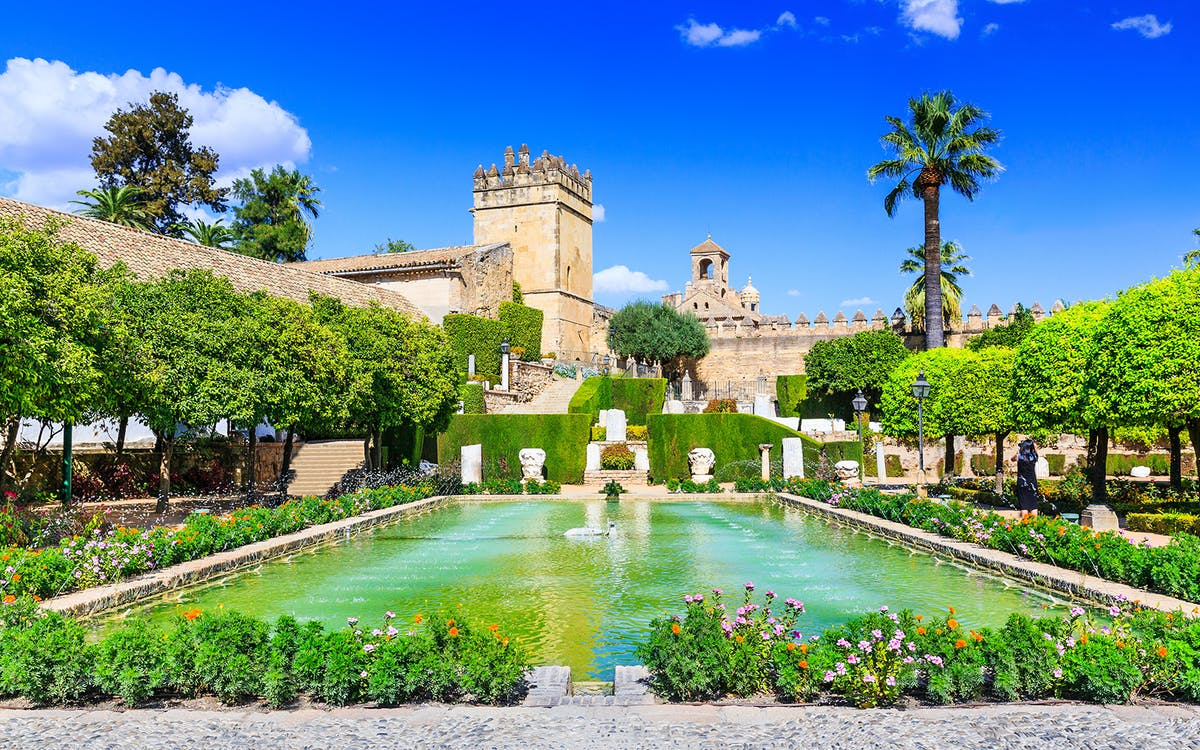 cordoba: skip the line guided tour of alcazar-1