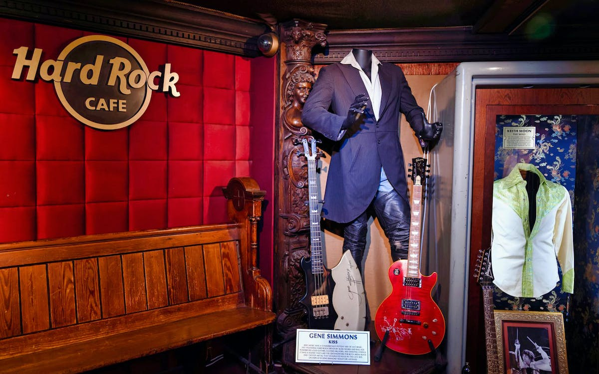 hard rock tour of london-1