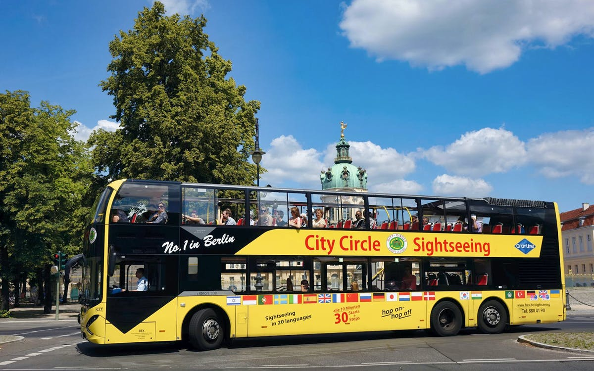 city circle: berlin wall hop on hop off bus tour-1