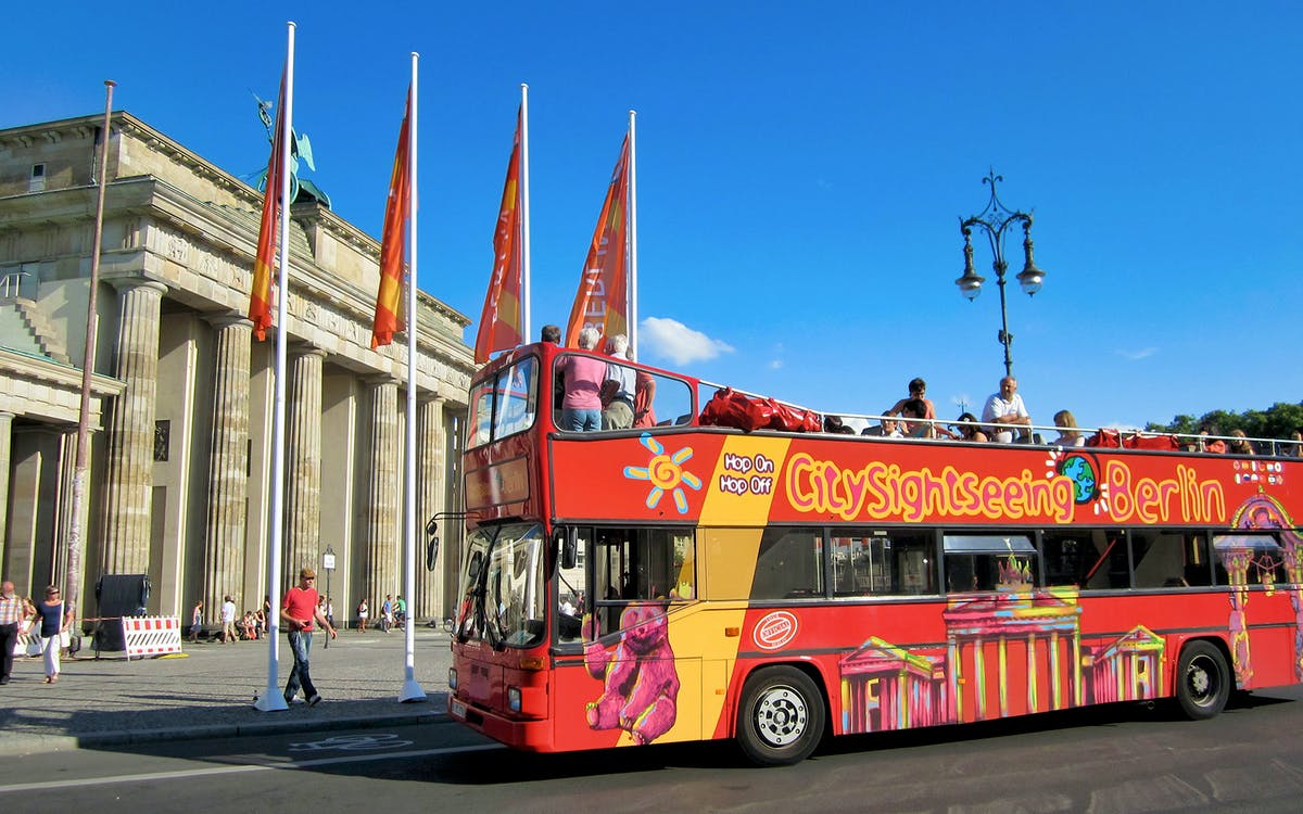 city sightseeing: hop on hop off bus tour-1