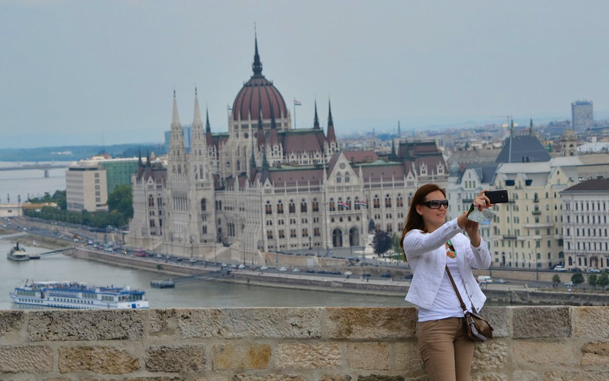 budapest: grand city tour with danube river cruise-1