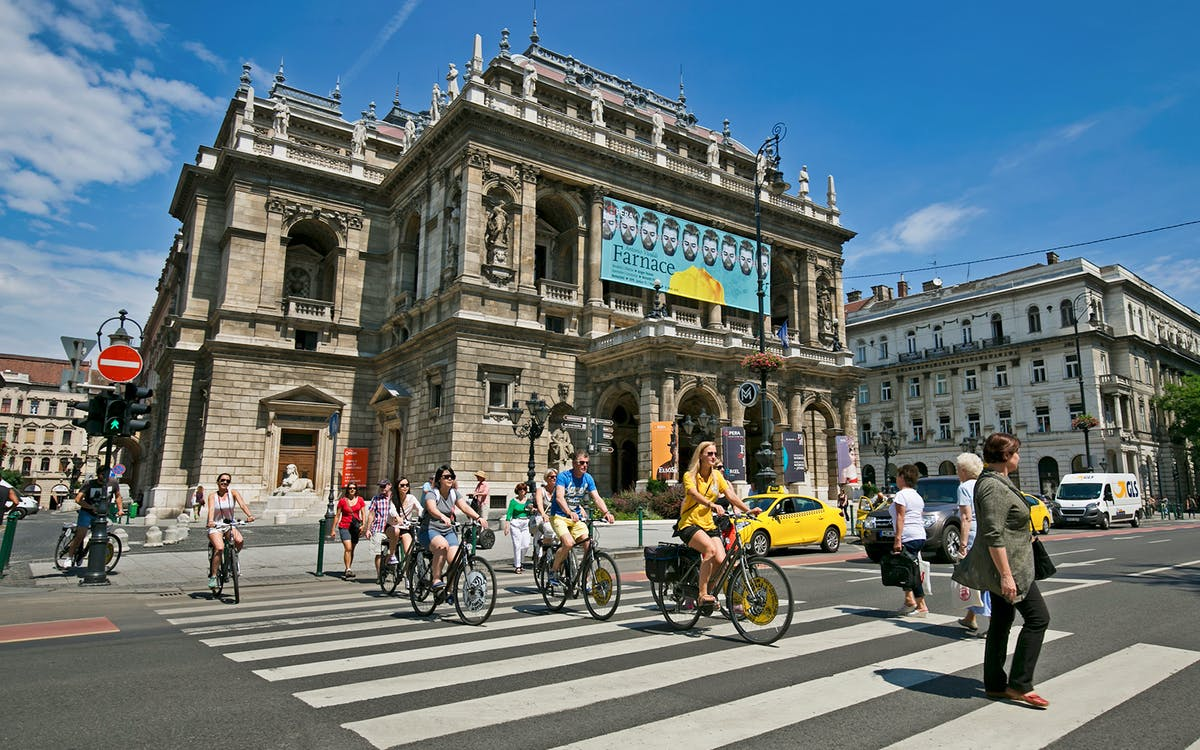 budapest e-bike city tour with optional beverages-1