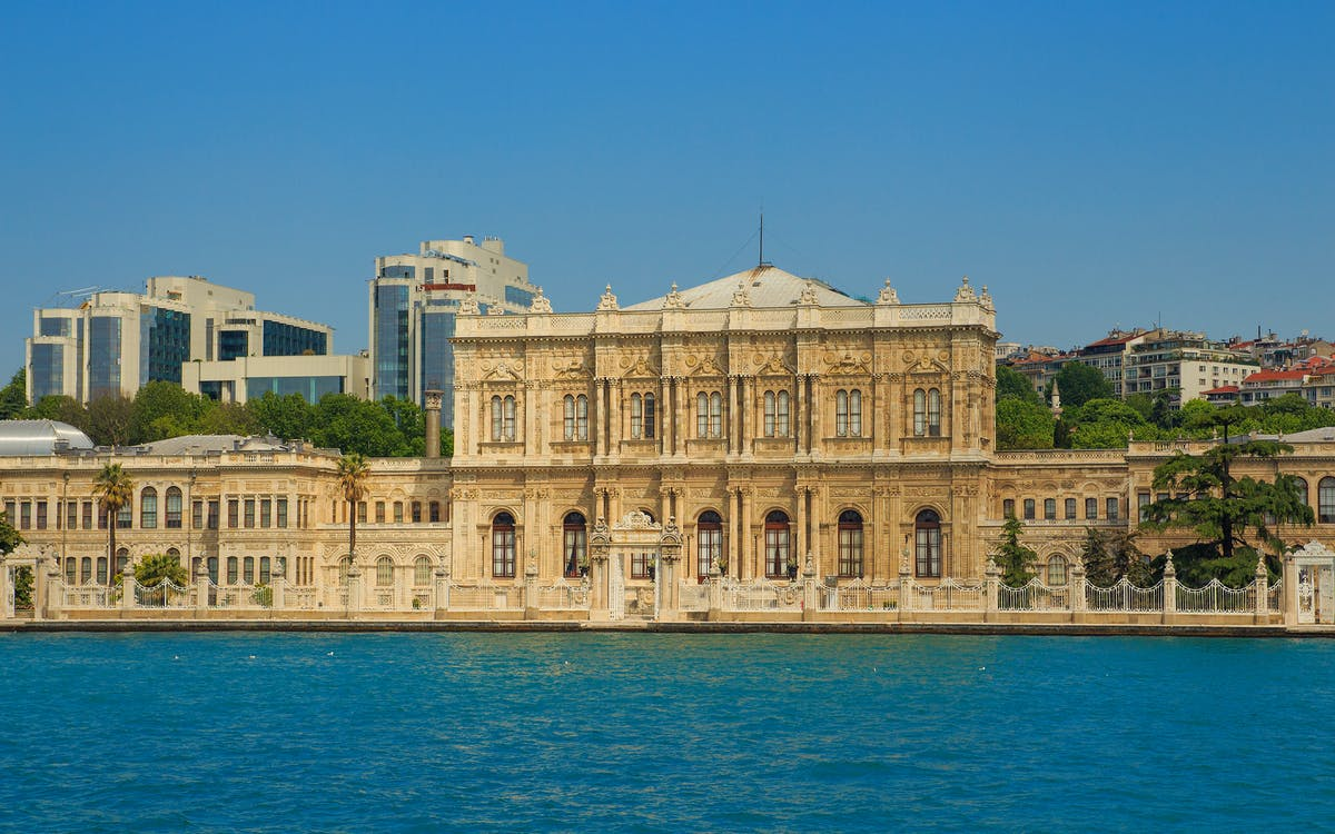 dolmabahce palace: skip the line ticket with guided tour-1