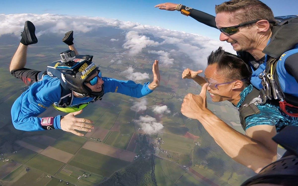 cairns - 15,000ft tandem skydive-1