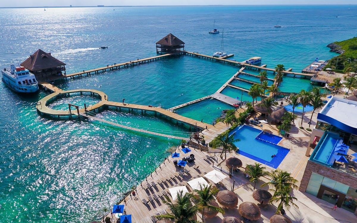isla mujeres: dolphin encounter with optional royal garrafón reef park -0