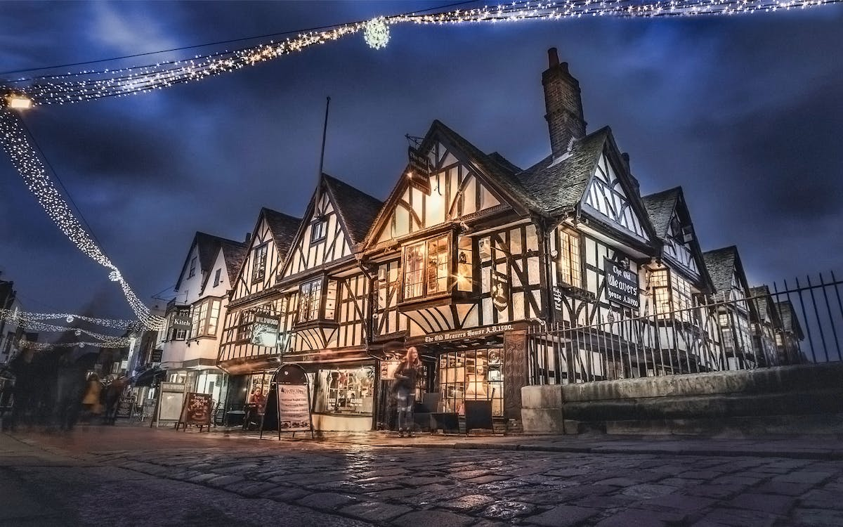 dickensian christmas in canterbury, dover & greenwich tour with christmas lunch-1
