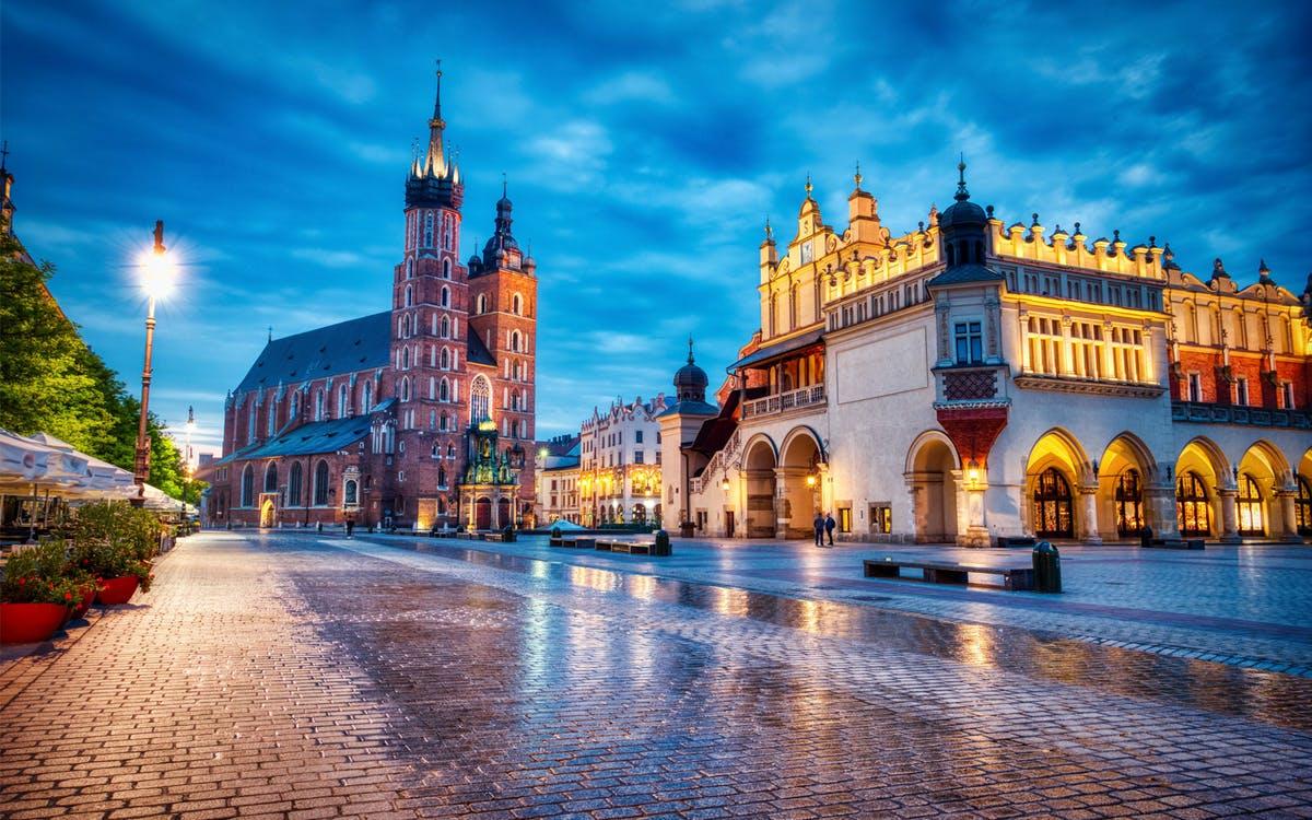 creepy krakow: 2-hour city walking tour-0