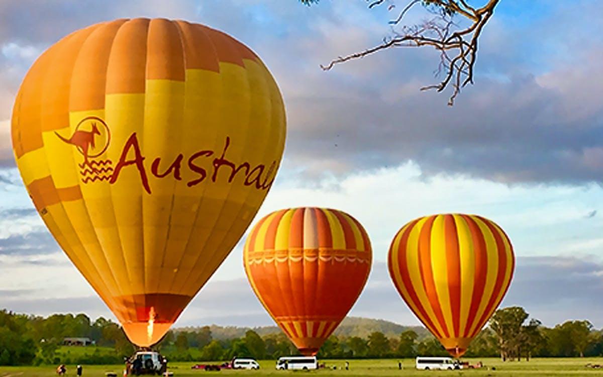 gold coast classic ballooning & vineyard champagne breakfast-1